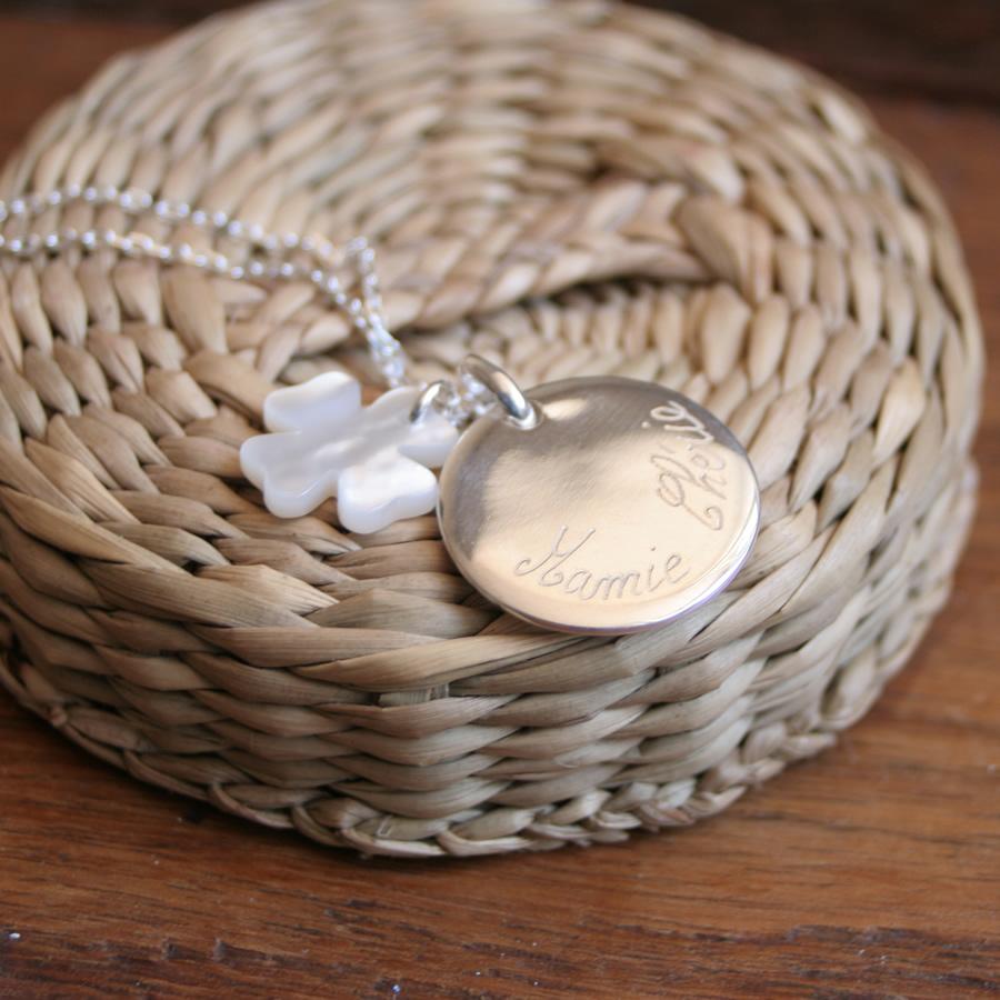 Collier argent m�daillon personnalisable et pendentif tr�fle en nacre