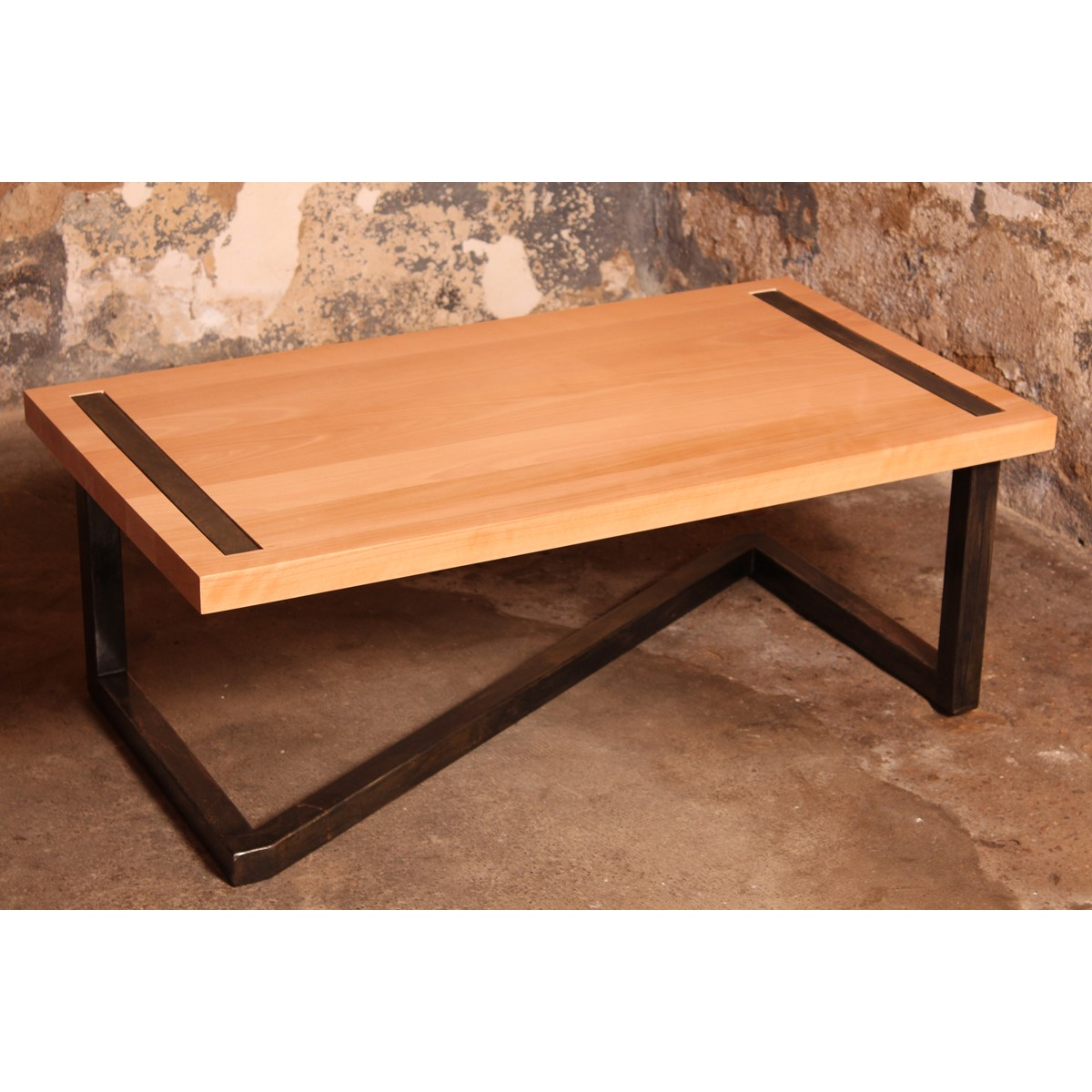 Table basse en bois et acier for Table basse style loft