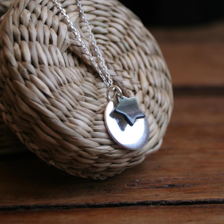 Collier argent m�daillon personnalisable et pendentif �toile en nacre