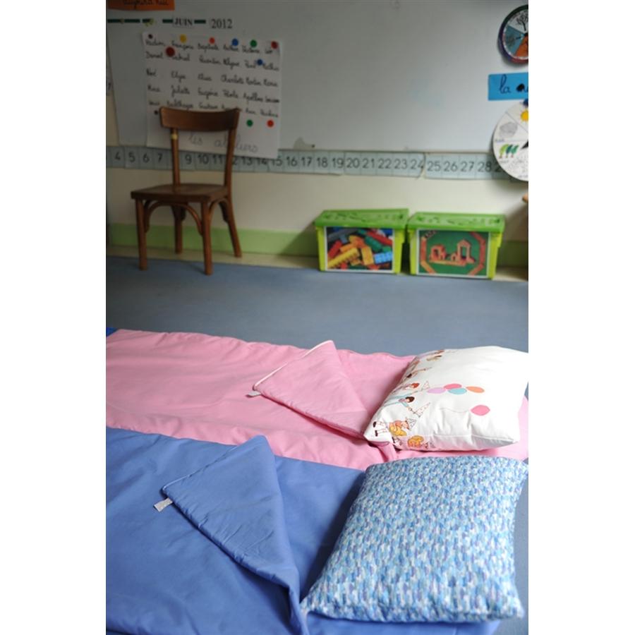 sac couchage enfant. Black Bedroom Furniture Sets. Home Design Ideas