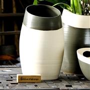 Vase d�co design gris